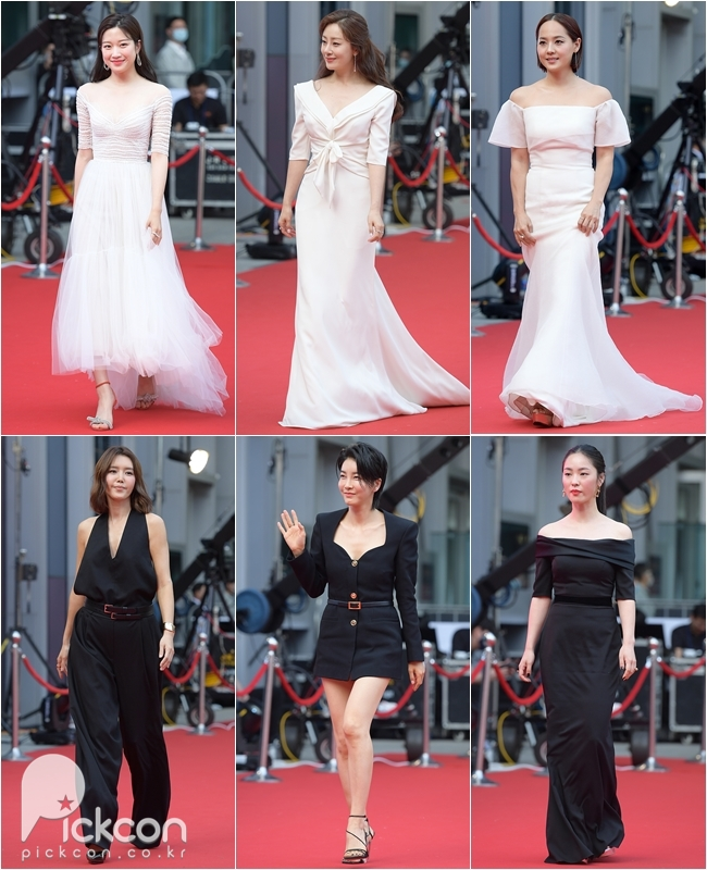 Black or White Gowns Remain Top Choices for Many Stars