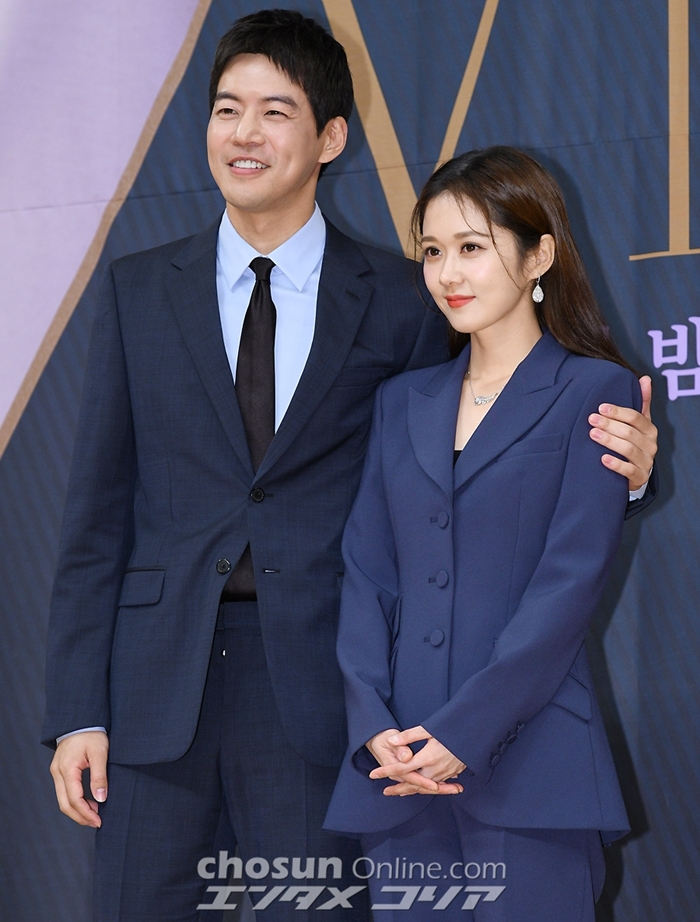 Jang Na-ra, Lee Sang-yoon at Ease with One Another on Set of New TV Series
